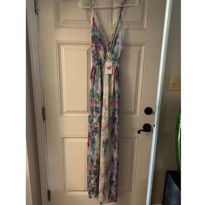 Beautiful floral deep V maxi dress